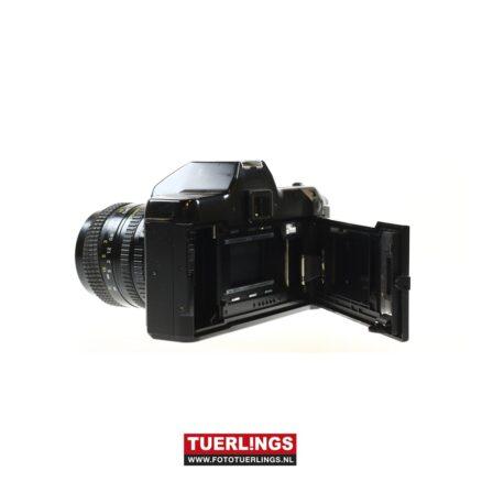 Ricoh KR-10M + 35-70mm macro